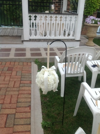 belaire-flower-balls-outdoor-wedding
